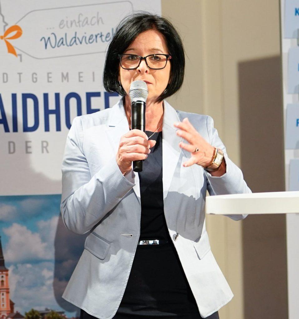 Margit Göll