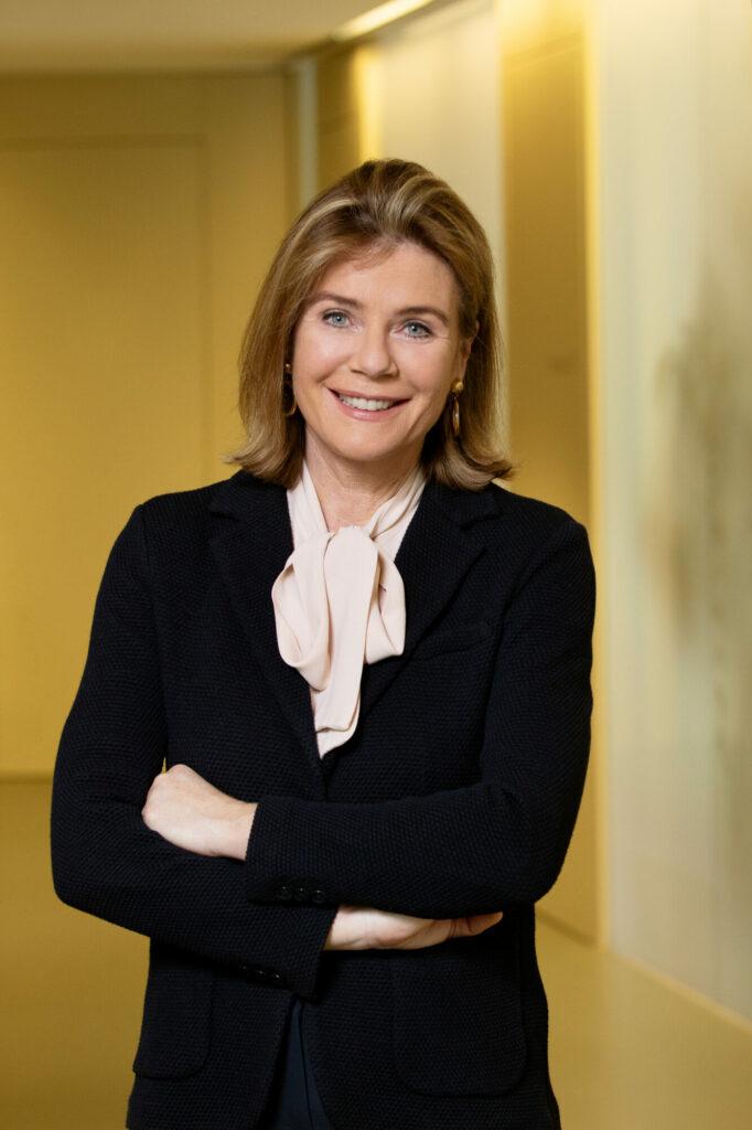 Eva Höltl